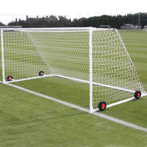 Harrod Sport Freestanding Heavyweight Steel Football Posts 16ft x 7ft