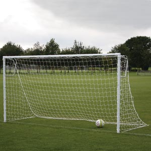 Harrod Sport Socketed Heavyweight Steel Football Posts 16ft x 6ft