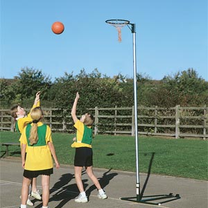 Harrod Sport Wheelaway Netball Posts 10mm Ring
