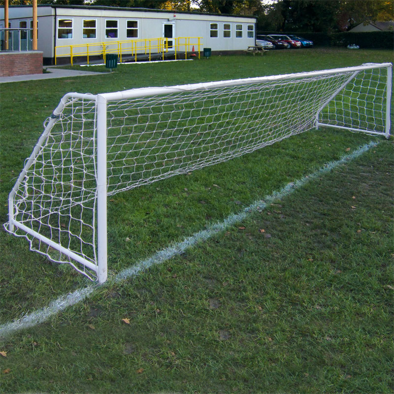 Harrod Sport Permanent Steel Football Posts 5 v 5