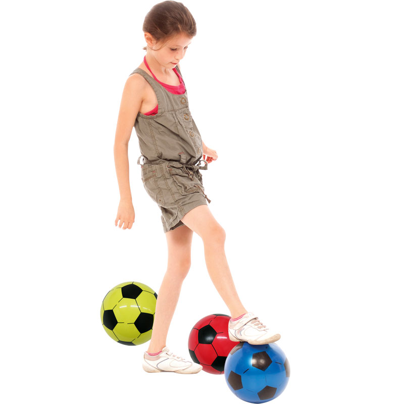 PLAYM8 Plastic Football 16cm