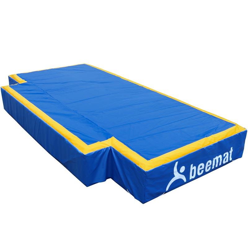 Beemat Club High Jump Landing Area