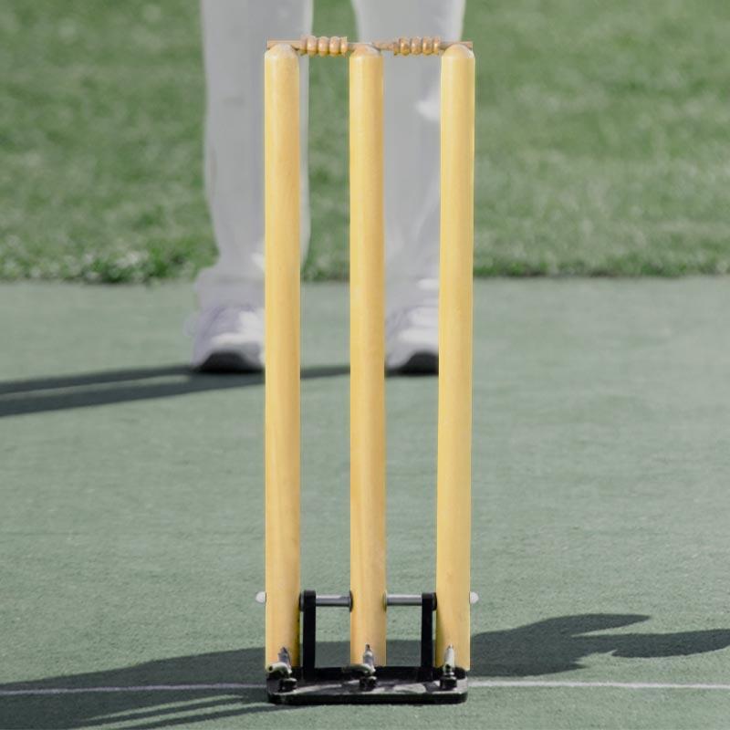 Elders Spring Return Wooden Cricket Stumps
