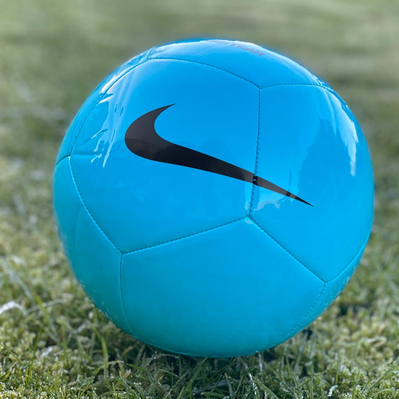 Nike Pitch Team 21 Football